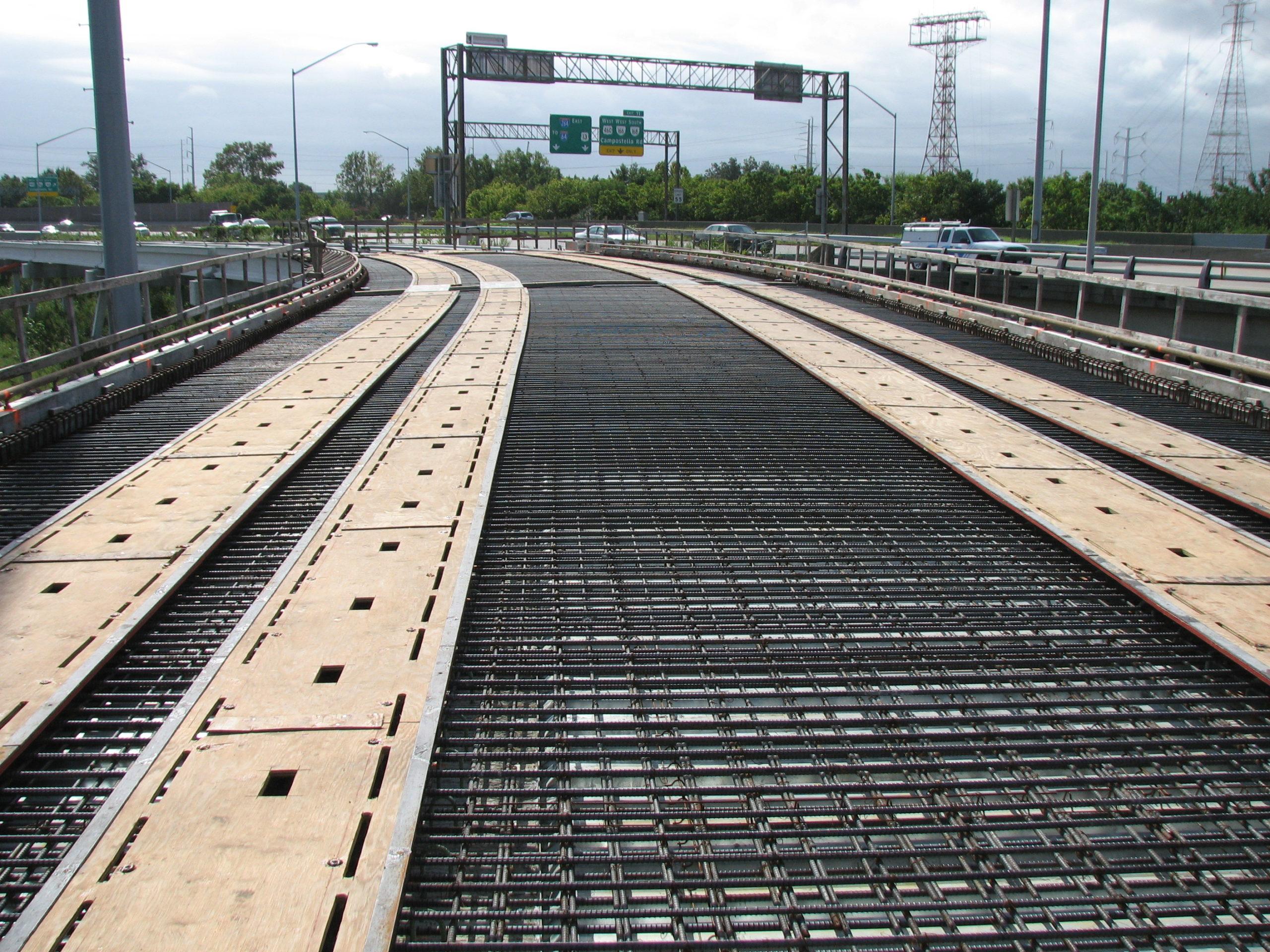 Deck forming and rebar adjacent to I-264.