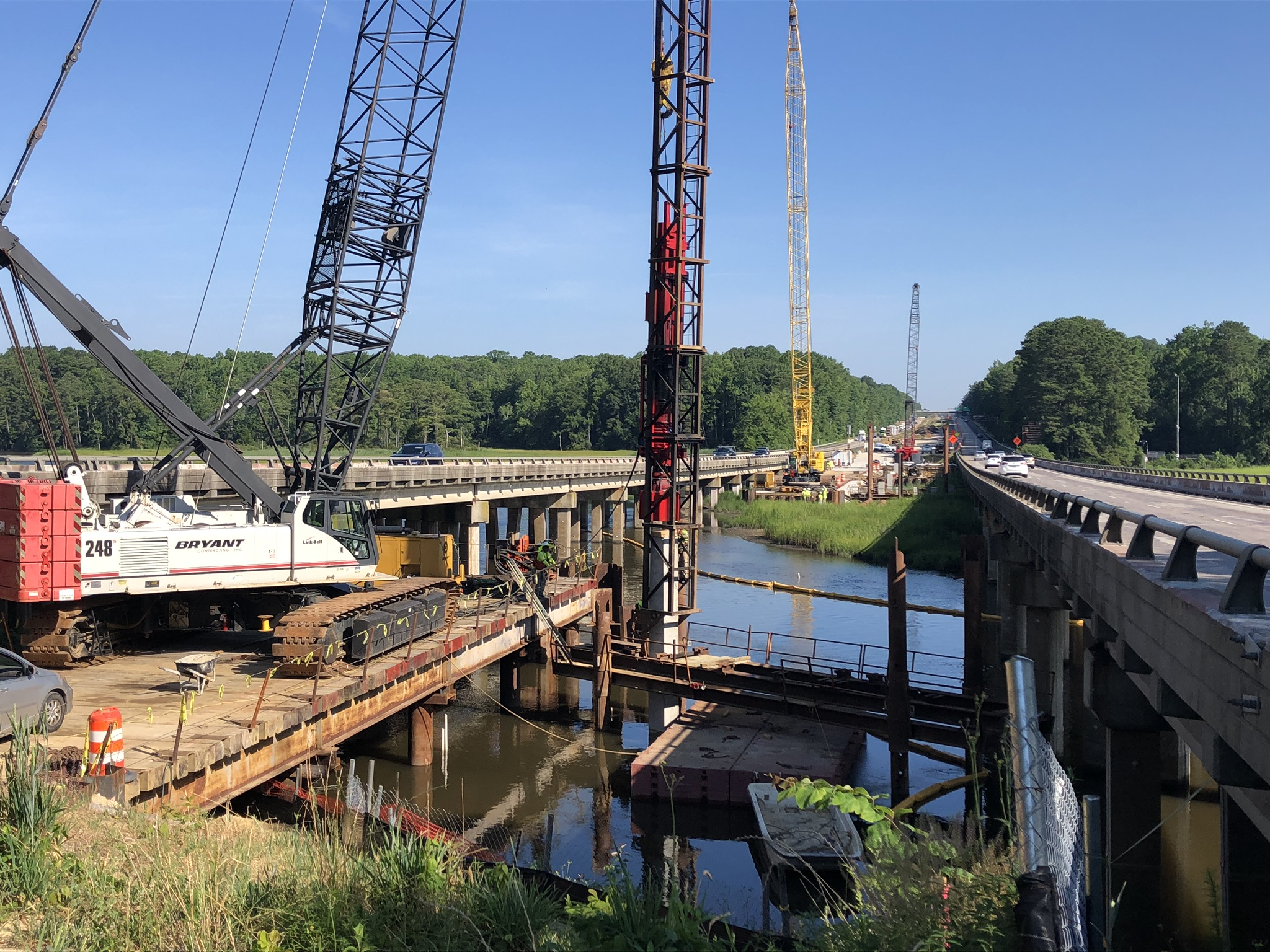 200-ton Link Belt crane driving piles from temporary workbridge