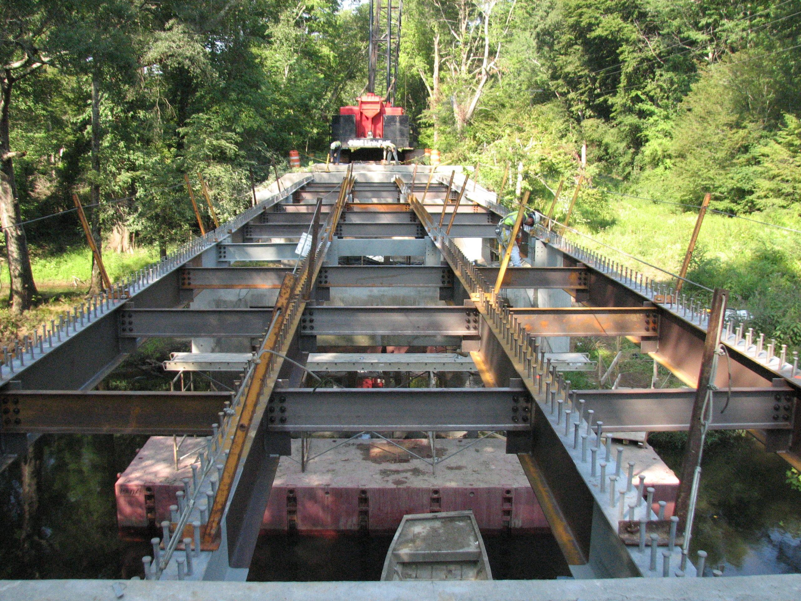 Route 605 over the Mattaponi River, Caroline County: Beam erection